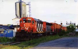 CN freight train #393